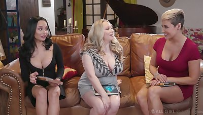 MILF concoction party with busty Ryan Keely is turned come by lesbian trio