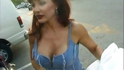 Redhead milf fucking and sucking a cock off in wainscot