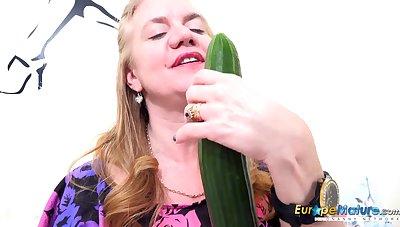 EuropeMaturE Solo Milf Masturbating with Toys