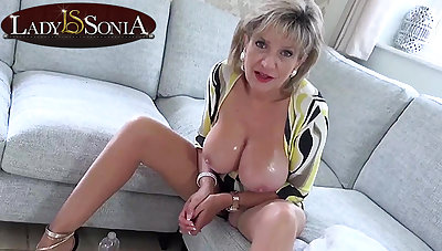 Hot JOI from steaming-hot mom Lady Sonia