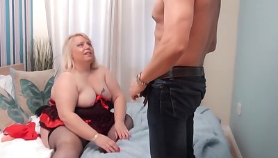 Fat, blonde woman, Lexie Cummings was toying her dripping wet pussy before she got fucked hard