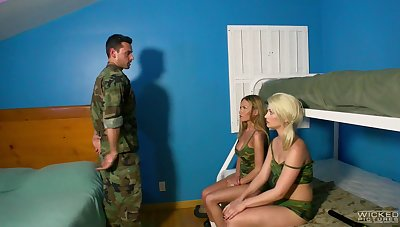 Threesome in the army with unrestrained Aubrey Gold and Subil Arch
