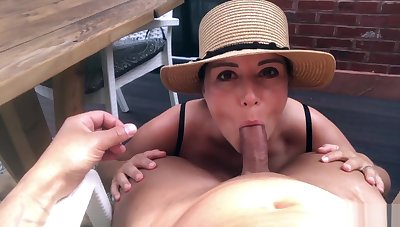 Sexy Brunette makes her Show one's age Cum after a Titsfuck