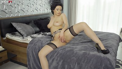 Superb wife toys pussy while naked and home alone