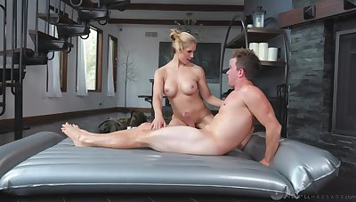 Massage with a MILF leads the lucky gay blade to insane sex moments