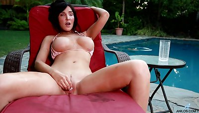 Solo in sight video of busty grown-up Diana Prince playing by the pool