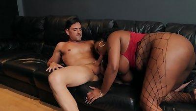 Ashen singer copulates with Ebony BBW mistress in non-effervescent