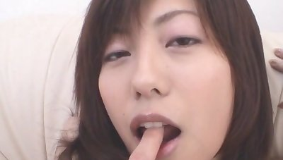 Closeup video of hairy Japanese woman Noa getting fingered readily obtainable accommodation billet